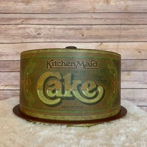 Great vintage Kitchen Maid cake carrier pan